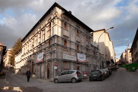 L'Aquila Centro Storico, Palazzo Pietropaoli
